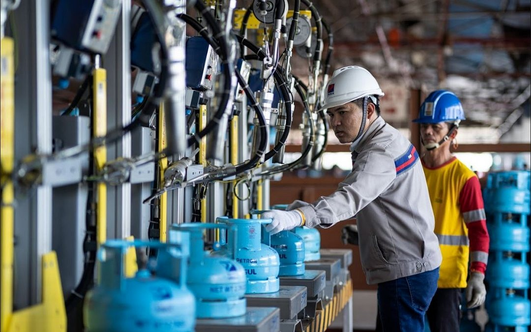 Petron supports LPG Bill passage; lauds industry-wide efforts to fight illegal refilling
