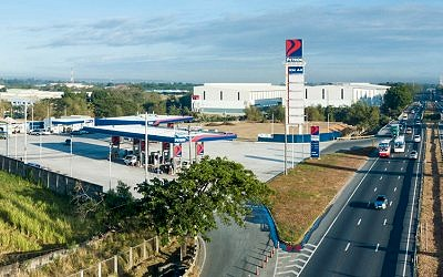 Petron gives away one-year supply of fuel on Christmas Day